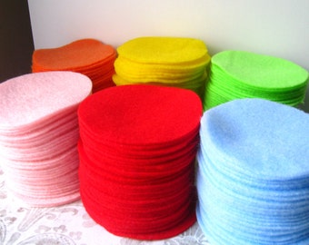"60 pcs, 3"" Hand cut Felt Circles - Made to Order You CHOOSE the color"