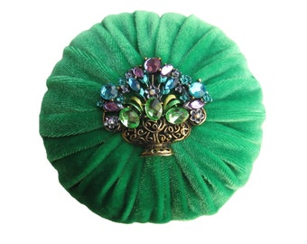 "4"" Kelly Green Emery Pincushion 