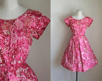 vintage 1950s dress - MUM pink sequined party dress / XS-S