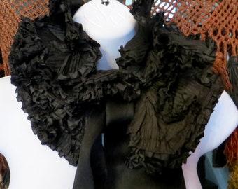 Rare Victorian Black Lace Ruffle Collar