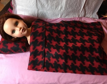 Fleece bedding set in black & red houndstooth print for 18 inch dolls - agfb16