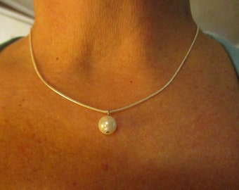 Single Akoya Pearl Necklace