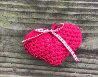 Crochet Heart, 3d heart, Amiguarami Heart, Heart Keychain
