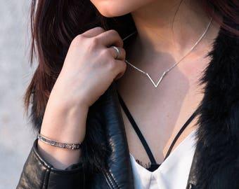 V necklace, Delicate V necklace, Silver V necklace, Minimalist sterling silver necklace, Silver geometric necklace, simple silver necklace