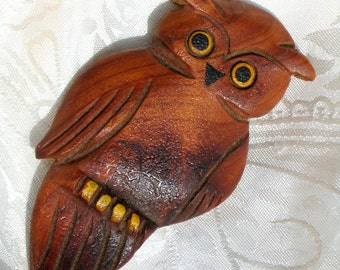 OwL Hand Carved Vintage Brooch Pin Estate Jewelry OOAK Early Mid Century Wooden Hooter Folk Art Modern Primitive Dimensional Cottage Chic