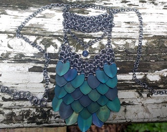 Nereid scale mail necklace