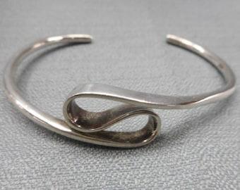 Vintage Silver Bohochic Wavy Cuff Bracelet, Unique Vintage Find
