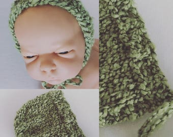Newborn size knit round back bonnet,photo prop,gift idea,coming home,ready to ship