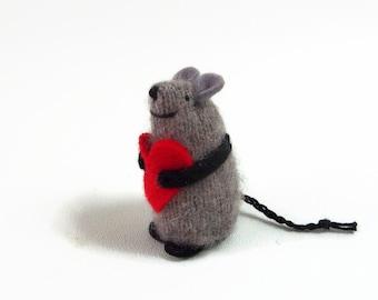 Wolle-Waldorf-Maus, Spielzeug-Maus, Valentinstag Maus, ausgestopfte Tiere, Kinder Valentinstag, Valentinstag Geschenk, Liebe Maus, Herz Maus, Valentinstag Spielzeug
