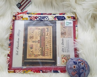 Patriotic - We the People - Zippered Needlework Project Bag Standard Size