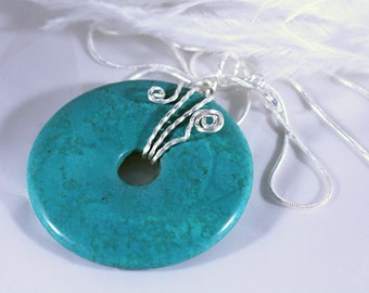 Necklace, Turquoise Necklace, Turquoise Necklace, Whimsical Wired Circular Turquoise Necklace on a Silver 925 Snake Chain