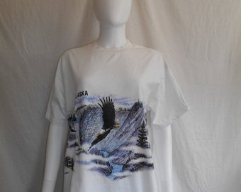 CLOSING SHOP 50% Off ALASKA t shirt, eagle t shirt, nature graphic tee,  bald eagle t shirt