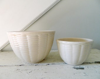 Vintage Watt Mixing Bowls Oven Ware Pottery Nesting Cream Basket Weave