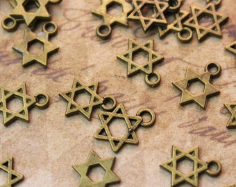 20 Tiny Star Charms Antiqued Bronze Tone  8 x 10mm