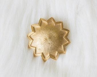 Vintage Tradition Gold Sun 70's Brooch