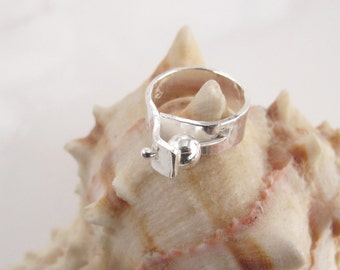 Pinky Ring with Spinning Bead, Small, Handcrafted in Sterling Silver