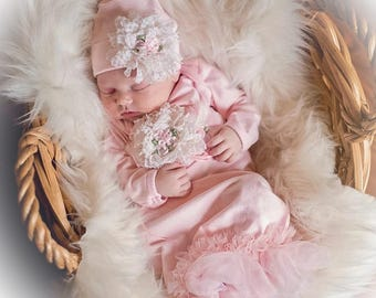 Newborn Girl Coming Home Outfit, Newborn Girl Gown, Pink Coming Home Outfit, Baby Girl Take Home Outfit, Newborn Girl Layette
