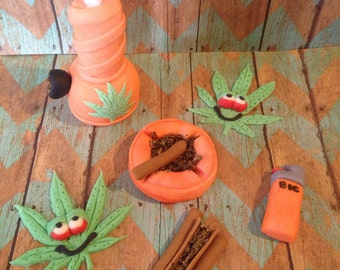 Weed Cake Topper