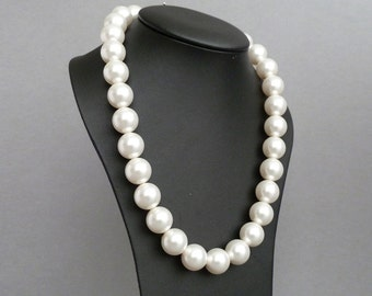 White Chunky Pearl Necklace - Bridal Jewelry - Ivory Pearls - Chunky Pearl Necklaces for Brides - Mother of the Bride Wedding Jewellery