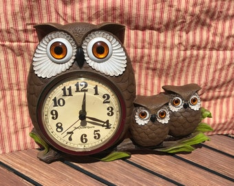 Burwood Products Owl Kitchen Clock  Momma Owl and Owlets