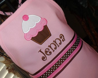Personalized Neapolitan Delight Cupcake Apron - Kids Apron - Adult Apron - Light Pink Apron - Girl Apron - Mommy and Me Apron