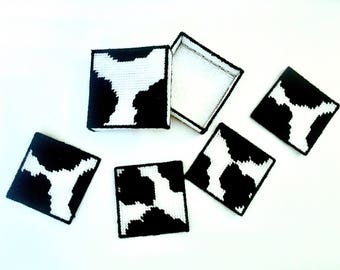 Plastic Canvas Cow Coaster Set with Box, hostess gift, farm, animal, mug rug