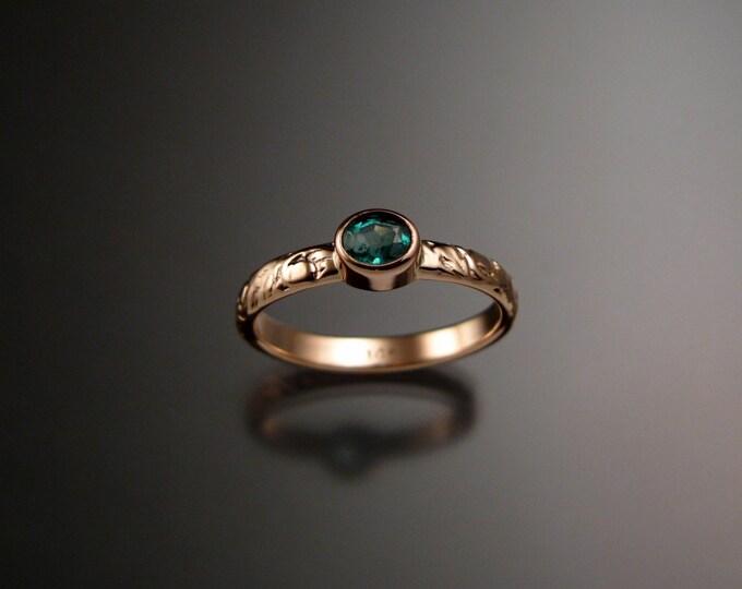 Emerald ring 14k Rose Gold  bezel set Victorian floral pattern ring size 5