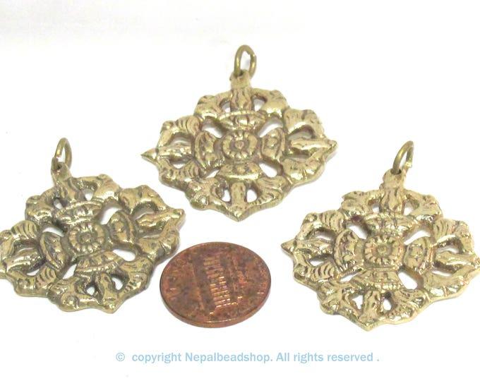 3 Pendants - Tibetan double dorje vajra brass pendant  Nepal - CP131s