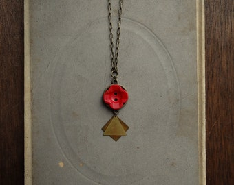 Geometric Vintage Crimson Flower Button Necklace - Coreopsis
