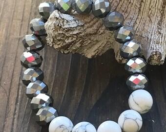 Beaded Bracelet, Stretch Bracelet, Silver Bracelet, White bracelet, Boho Jewelry, Stretch Jewelry, Stackable bracelet, Gemstone Bracelet