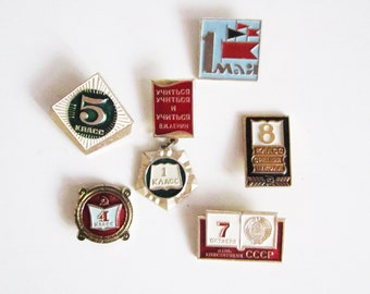 VINTAGE set of 6 number PINS. Use in steampunk JEWELRY, mixed media art, assemblage, wear it.