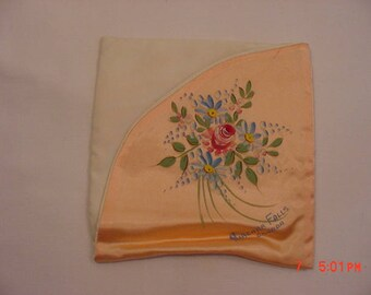 Vintage Peach Hand Painted Flowers Niagara Falls Canada Handkerchief Holder  18 - 48