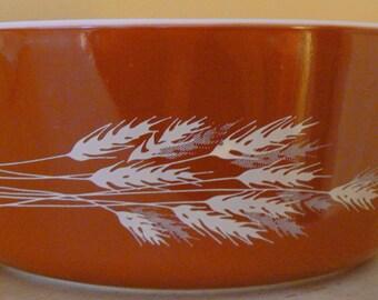 Vintage Pyrex 475 Autumn Harvest Wheat Casserole Bowl 2.5 QT