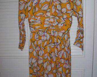 Vintage Adele Simpson SENSATIONAL Silk Dress. Size 8  See details