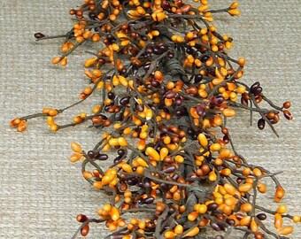 Pumpkin Nutmeg Pip Berry Garland, Primitive Home Decor, Wreath Making, Berry Garland, Fall Decor, Pumpkin
