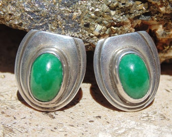 Vintage Mexico Sterling Silver Green Cab Screw Back Earrings by AEM