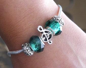 Music Bracelet, Personalized Treble Clef Bracelet, Music Gifts, May Bracelet, Birthstone Bracelet, Treble Clef Jewelry, Music Note Bracelet