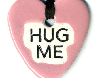 Hug Me Ceramic Necklace in Pink