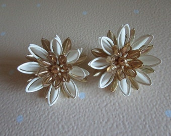 Sarah Coventry Gold and White Flower Clip On Earrings
