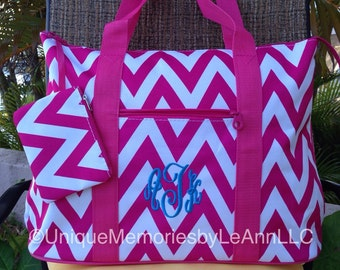 Monogram Chevron Weekender/ Beach Bag with zippered closure - Personalized -12 Different colors - Perfect gift for Graduations or Birthdays