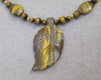 Tiger Eye Leaf Necklace - g0084n40