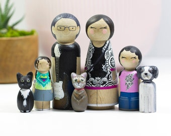 Gift for Mom - Mothers Day Gift - Custom Family Gift - Peg Doll family - Custom Family Portrait - Peg Dolls - Wood Peg Dolls - Unique Gift