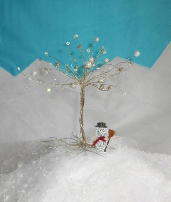 arbre en fil de fer et perles blanches sur commande. Black Bedroom Furniture Sets. Home Design Ideas