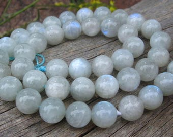 Siberian Moonstone 10.5mm Rounds 6 1/2 inches