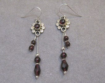 Garnet & Sterling Silver Drop Earrings - g0868e01