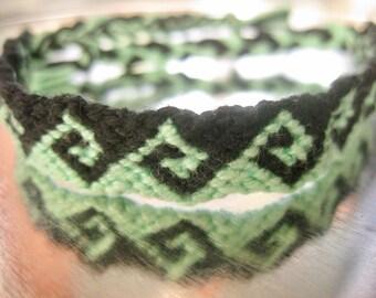 Friendship Bracelet, Mint Waves