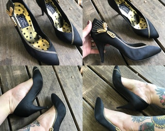 Vintage 1960's couture Black Satin Gold Zipper Stiletto Pumps size 38 8 Italy
