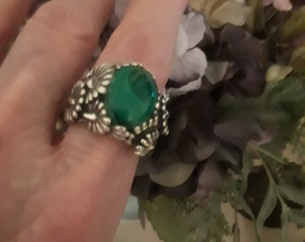 Sterling silver ornate Malachi ring, size 9