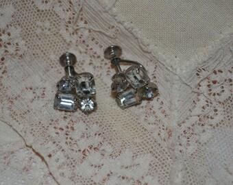 SALE - Vintage Clear Rhinestone Screw On Earrings