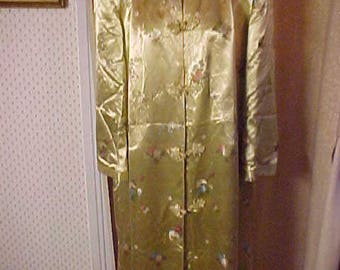 Vintage Oriental Gold Satin Print Robe, Pockets,    Satin Lining, Large Size 42       #3053